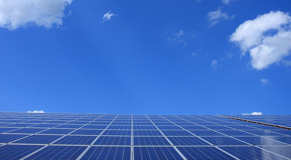 Du solaire sur le toit du camping-car